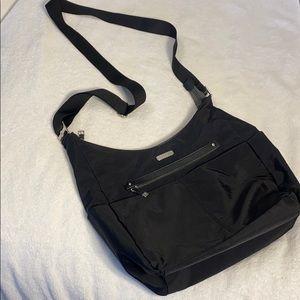 LN Baggalini crossbody Bag, Black Nylon